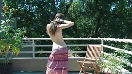 دختر با عکس سکسی کیر و کوس تصویر خود بازی می کند